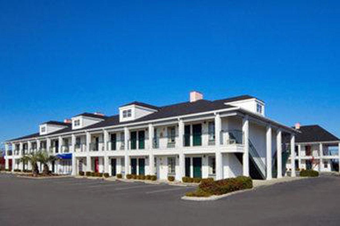 2018 Georgetown Sc Hotels Guide Baymont Inn Suites